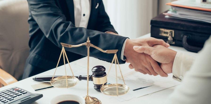 importância do advogado no leilão